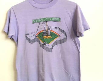 1980s AUSTIN Softball CITY LIMITS Threadbare  Vintage T Shirt // Size Xsmall