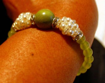 Beautiful Malaysian jade & pearl shamballa bracelet; beadweaving, handmade, elegant, light green, white, party wear, casual wear