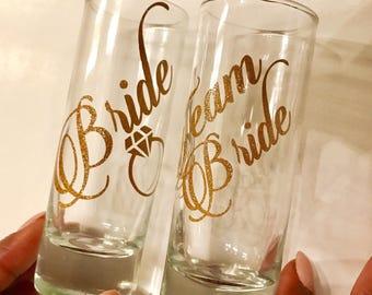 Personalized Glitter Shot Glasses, Team Bride Shot Glasses, Wedding Shot Glasses, Custom Shot Glasses, Bridal Party Favor, Wedding Favor,