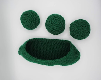 Peas in a pod / crochet food / toy / plush / like dad / mom / small kitchen / grocery store