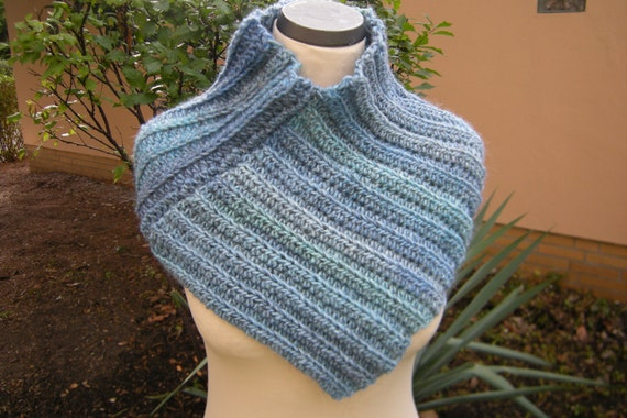 Collar loop circle scarf infinity scarf crochet