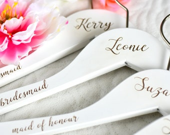 SET OF 4 White Wedding Hangers/Bridesmaid Gift/Bridesmaid Hanger/Personalized Hanger/Bridal Gift/Wedding Gift/Bride Hangers H04