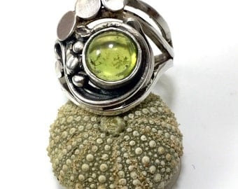Olive green olivine Peridot ring in Sterling Silver Ring olive green Peridot sterling silver 925 milieme euro 50 size us 5 swiss 10