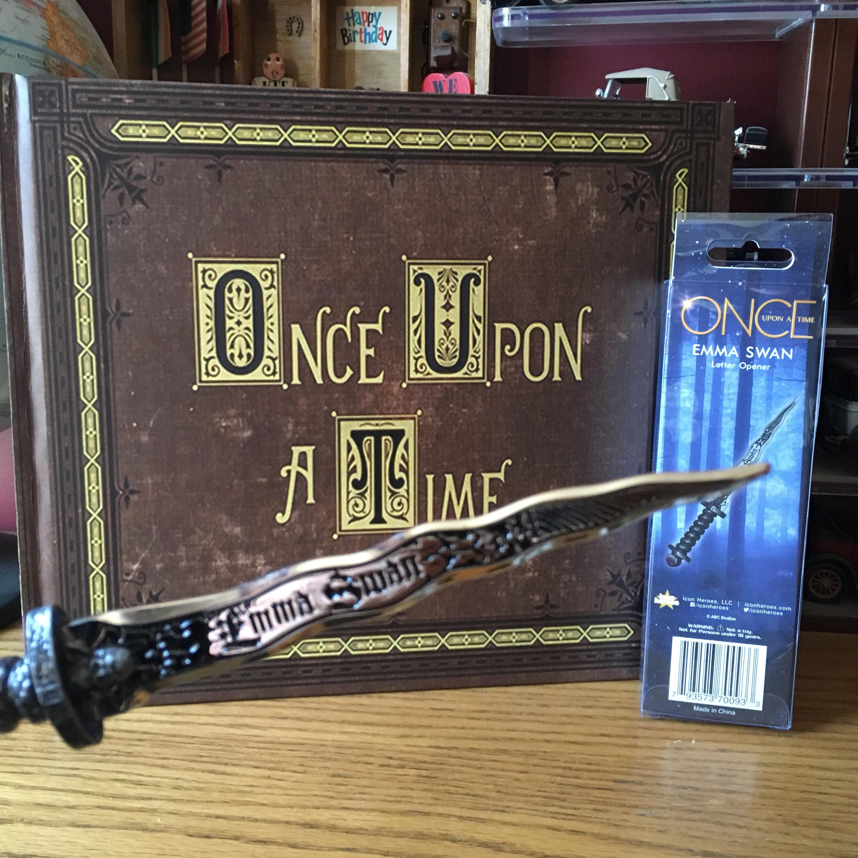 Henry S Once Upon A Time Book Comes With Dark One Dagger