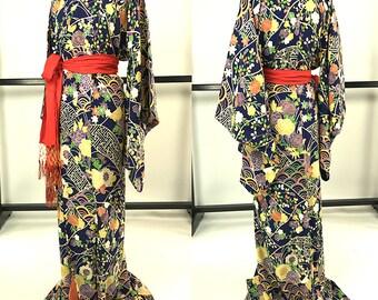 K043 Beautiful Japanese Kyo-Yuzen Navy Blue Komon Kimono Vintage