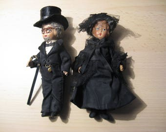An antique french porcelain golden wedding couple in black ... approx. 1900!
