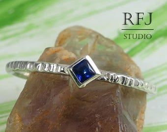 Kite Synthetic Spinel Textured Silver Ring, Princess Cut 2x2 mm Blue Spinel Ring Promise Stackable Ring Rhombus Setting Engagement Blue Ring