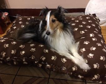 Braided Fleece Pet Bed