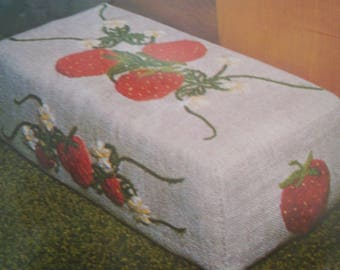 Vintage 1970's CUSTOM HOUSE Crewel Embroidery Kit #10 Strawberry Doorstop or Bookend