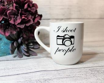 Photographer Coffee Cup-- Coffee Mug-- I Shoot People-- Camera Mug-- Gift For Her-- Gift For Him-- Gift For Photographer