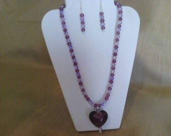 298 Romantic Amethyst Colored Lamp Worked Glass Heart Pendant Beaded Necklace
