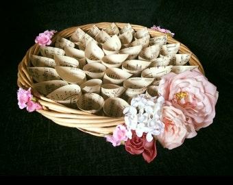 Vintage style confetti cones basket