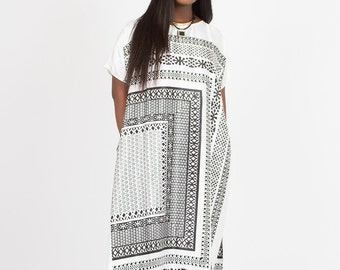White-Black Kaftan