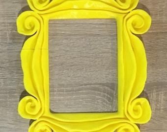 Friends peephole frame replica