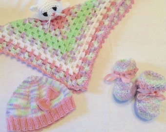 Garden Party Baby Hat and Booties Baby Shower Gift Set