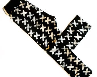 Cross Black leggings