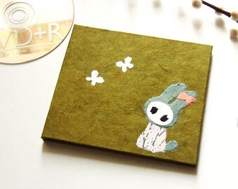 """CD case """"Bunny"""" olive with bag"""