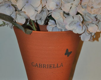 Vintage Style Terracotta Flower Pot - Bespoke Children's Name