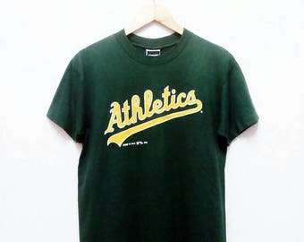 Hot Sale!!! Rare Vintage 90s ATHLETICS MLB Blend T-Shirt Hip Hop Skate Swag Medium Size
