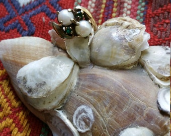 Antique Pearl and Emerald 10k Gold Ring