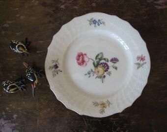 ROYAL COPENHAGEN - Frijsenborg - flower small plate -