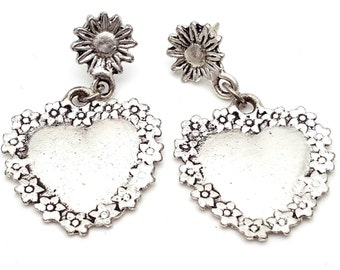 Silver Tone Heart Adorned with Flowers Drop Earrings Vintage from the 90s Grunge Daisies Rock Country Dance Gift for girl daughter Dangle