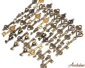 49pcs Mixed Vintage Bronze Key Necklace Pendant Charm DIY