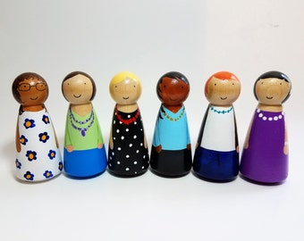 Mom Peg Doll, Dollhouse Figurines, Natural Wooden Toys, Pick Your Family Peg Dolls, Montessori Wooden Toys, Easter Basket Gift