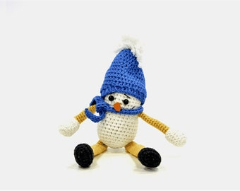 Knitted toy snowman