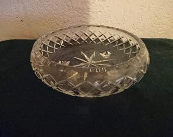 Very Nice Pressed Glass Serving Bowl/Tri-Footed/Vintage