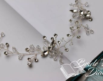 Wedding hair jewelry, pearls and crystals bridal wreath, silver hair vine
