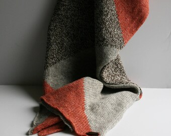 Cosy Geometric Scarf - Coral/Grey/Brown Marle