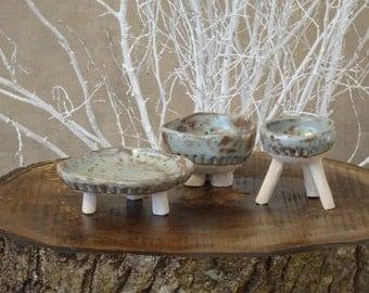 Ceramic platter, Set of 3, 3 legged ceramic, Rustic Ceramic Dish Plate, Pottery platter, Handmade Pottery Platter, Unique ceramic
