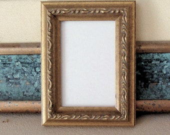"""ACEO Picture Frame / Art Trading Cards,  Miniatures,  Prints, Photos Fits 2.5 x 3.5"""" German Silver Patina Finish UV Protecting Glass, Back"""