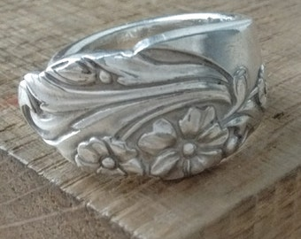 Flower Garden Art-Nouveau Band-Style Spoon Ring - Any Size