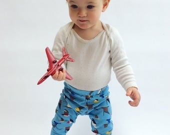 "Eddie & Bee organic cotton leggings in ""maritime birds"""