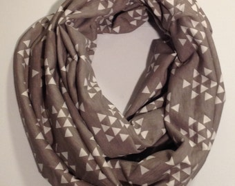 SALE Mini White Triangles Infinity Scarf