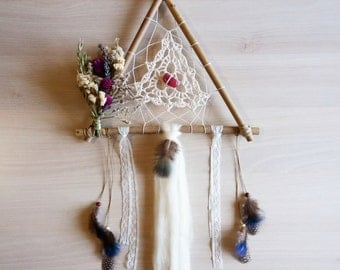 Dried Flowers triangle Dreamcatcher handmade Doily