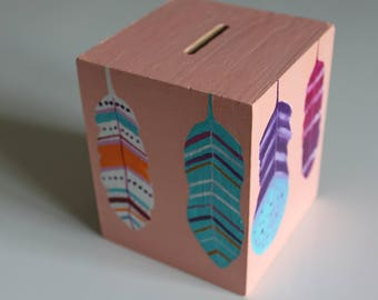 "Piggy bank/Money box ""Rainbow feathers"" - My Little Painted Boxes"