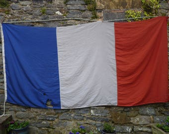 Ohh la la ! Vintage French Flag. Ship's Flag. Naval Flag. Nautical Flag. Maritime Decor