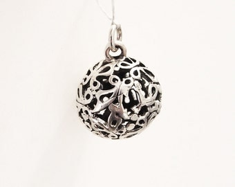 Silver ball pendant for necklace