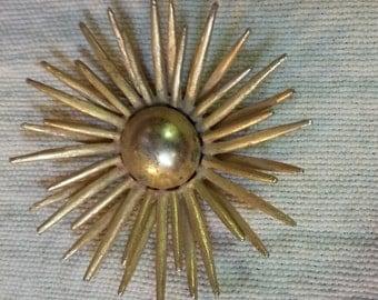 MCM minimalist sunburst brooch!