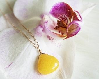 Yellow Jade Necklace, Gold Jade Pendant, Yellow Necklace, Yellow Gemstone Necklace, Nephrite Necklace, Yellow Pendant, Yellow Stone Necklace