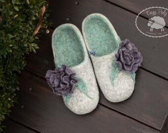 Wool gift for women home Flowers shoes shoe organic wool house shoes women wool felt slippers felting shoes comfy shoes flowers slippers
