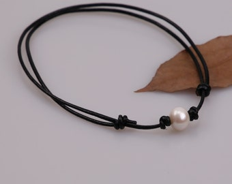 Single Pearls Necklace,Choker Leather Necklace, Black Round Genuine Leather Jewelry,Freshwater Pearls Chocker Adjustable Collar Women A0011
