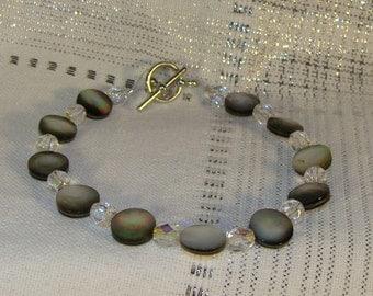 Mother of Pearl Shell Beadand Crystal Bracelt