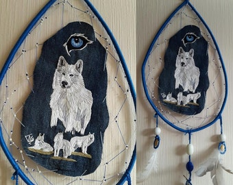 DREAMCATCHER Wolf dream catcher