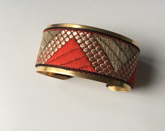 "Golden Cuff Bracelet ""pyramid"" - ""red and gold"""