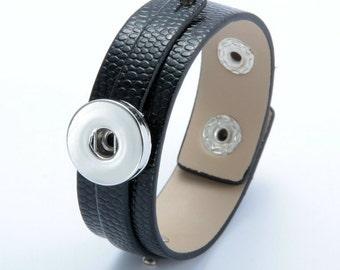 Black Leather Snap Bracelet, Faux Snake Skin Texture, Snap Charm Bracelet, Snap Jewelry Bracelet