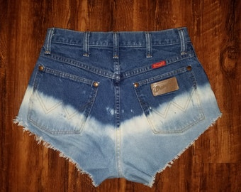 Reworked Wrangler Highwaist Bleached Cutoff Shorts